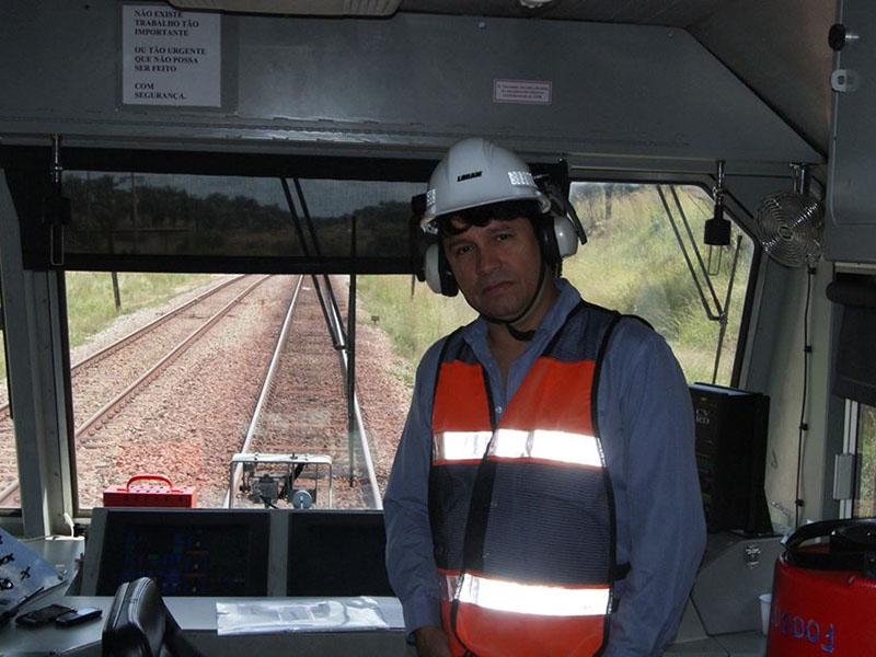 Treinamento Operacional da Esmerilhadora de AMV da Loram VALE- Santa Inês-MA – Field operational training sessions of Loram turnouts grinding machine